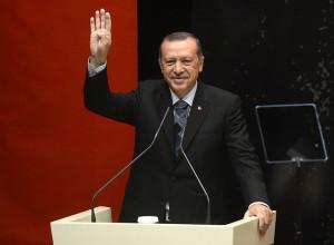 Эрдоган. R4BIA.com/Wikipedia