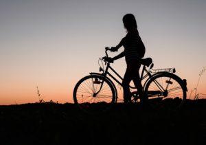 Велосипедистка. Фото: Pixabay.com